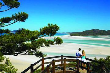 Whitehaven Beach Cruise inclusief wandeling door Hill Inlet