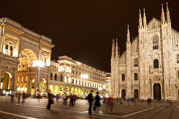 Illuminated Milan Small Group Tour for Kids and Families with Gelato and Pizza