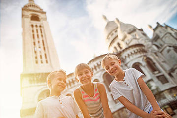 Montmartre and Sacre Coeur Private Tour for Kids and Families
