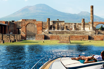 Pompeii and Vesuvius boat tour from Positano