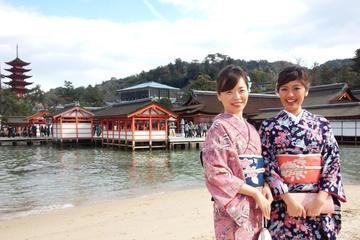 Miyajima sightseeing plan with rental kimono of high quality
