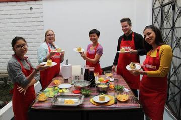 Clase de cocina en Lima con una familia local