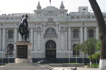 Recorrido a pie para descubrir Lima...