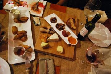 San José de noche con cena de 3 platos y vino en su restaurante de la...