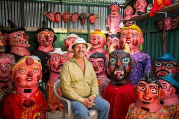 San Jose: Pura Vida Experience Tour: Tapas, Traditional Masks and Escazu Visit