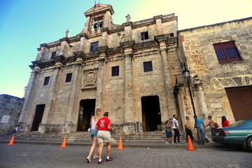 Santo Domingo City of Firsts Small Group Tour Including Transportation
