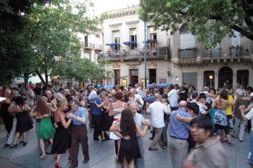 Spaziergang zu den Tango-Hotspots von Buenos Aires