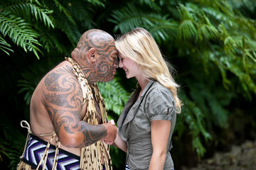 Auckland Shore Excursion: Maori Tour...