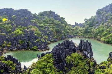 Halong - Bai Tu Long Overnight Cruise