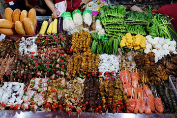 Hanoi Local Food Walking Private Tour