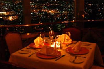 Abendessen auf dem Revolving Restaurant Bellini in Mexiko Stadt