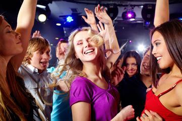 Nachtclub Mambocafé ohne Warteschlangen, Hin- und Rückfahrt Mexiko...