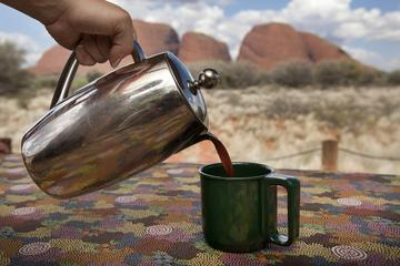 Excursión para grupos pequeños a Kata Tjuta al amanecer con desayuno...