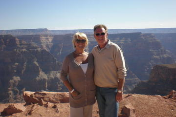 Grand Canyon West Rim, dagstur med fly og bus fra Las Vegas med...