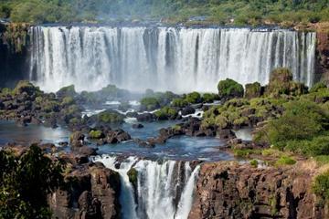 3-tägige Besichtigungstour zu den Iguazú-Wasserfällen