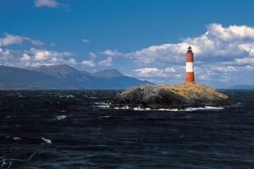 Excursión en barco por el Canal Beagle: Islas, colonias de Pingüinos...