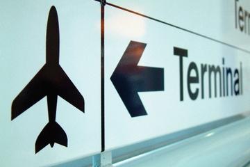 Transfert en navette partagée à l'arrivée : aéroport international...