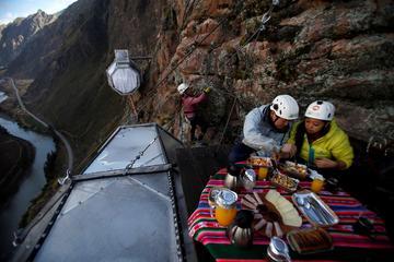 Aventure de deux jours au Skylodge dans la Vallée Sacrée