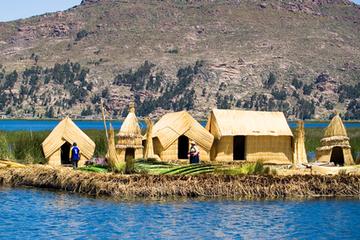 Excursión de un día por las islas de Uros y Taquile desde Puno