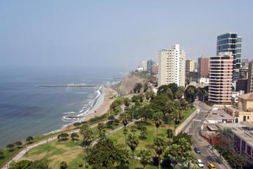 Transfer bei der Ankunft am Flughafen Lima