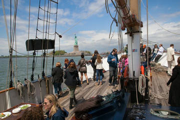 Craft Beer Sailing Cruise in New York ...