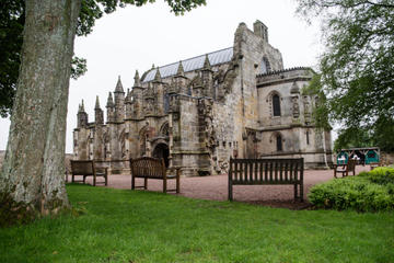 Rosslyn Chapel, Dunfermline Abbey and Stirling Castle Day Tour from...