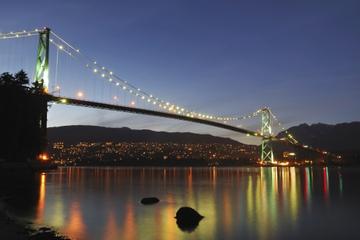 Cruzeiro com jantar ao pôr do sol no Porto de Vancouver