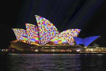 Sydney VIVID Festival: Sydney Harbour Small-Group Luxury Cruise