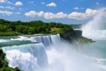 Viator Exclusive: tour di un giorno alle Cascate del Niagara da New