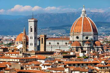 Excursión en tierra en Livorno: viaje privado de día a Pisa y...