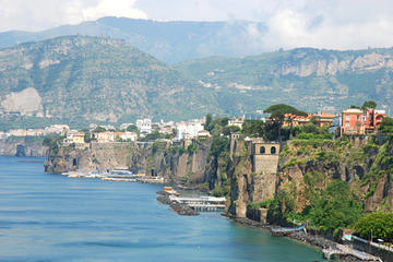 Sorrento Shore Excursion: Pompeii, Positano and Sorrento Day Trip