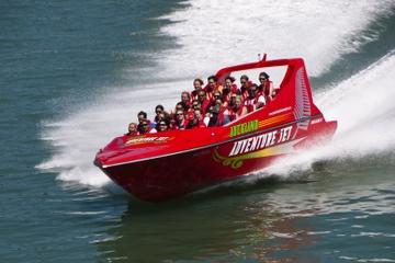 Sortie en jetboat dans le port de Waitemata