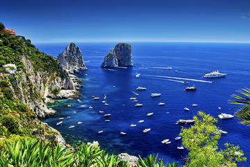 Capri and Tour around the Island from Torre Del Greco with Blue Grotto Option