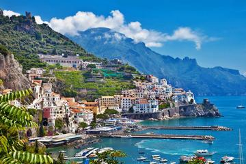 Positano & Amalfi Boat Exprerience Daily Tour with Limoncello Tasting From Pompeii