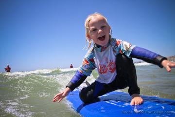 Clases de surf para niños en San Diego