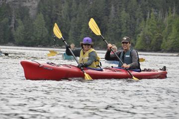 Excursión por la costa de Ketchikan: Isla Eagle y kayak en el mar