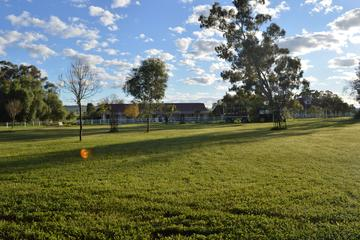 2-Day High Country Farm Stay Including Canberra Tour from Melbourne or Sydney