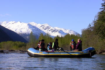 Day Trip Skagway Shore Excursion: Scenic River Float Tour near Skagway, Alaska