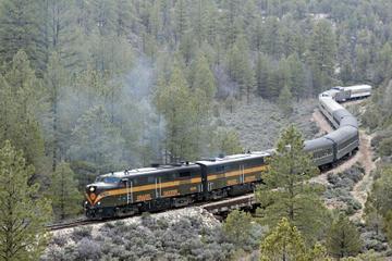 Excursão ferroviária pelo Grand Canyon