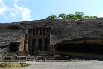 Kanheri Caves Trip from Mumbai