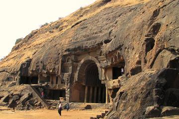 Private Führung: Kanheri Caves, Elephanta oder Karla und Bhaja Höhlen...