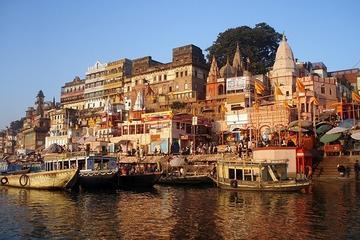 Tour privado: 5 días a Varanasi y Khajuraho desde Delhi