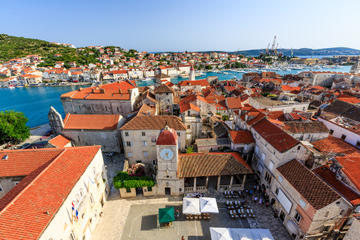 Diocletian Palace Tour and Optional Trogir Trip