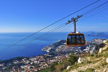 Tour combinato di Dubrovnik: giro in funivia sul Monte Sergio e tour