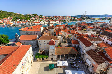 Visite à pied du palais de Dioclétien et excursion en option à Trogir
