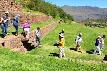 Excursão de meio dia a Tipon, Piquillacta e Andahuaylillas saindo de...