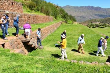 Halbtägige Tour nach Tipon, Piquillacta und Andahuaylillas ab Cusco
