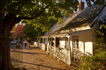 Historic Small-Group Hahndorf Day Tour from Adelaide