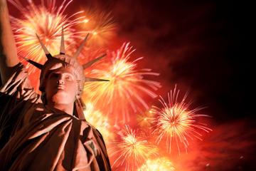 4th of July in NYC: BBQ-lunch, rondleiding door Manhattan en vuurwerkcruise bij het Vrijheidsbeeld