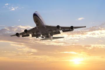 相乗り到着送迎:バンクーバー国際空港からビクト…